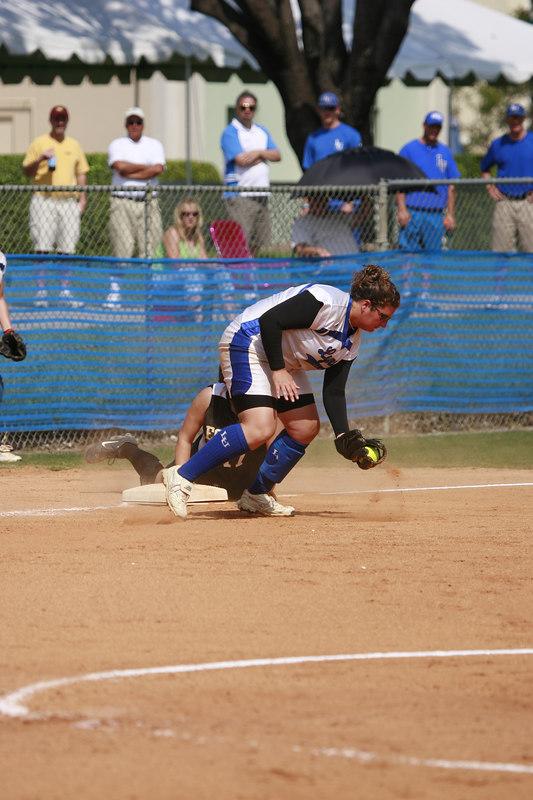Lynn Univ Softball vs Eckerd - 2125