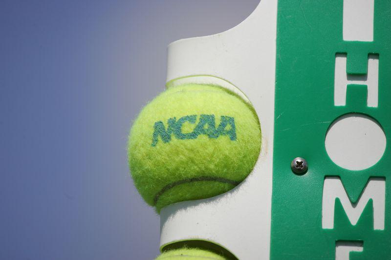 02 LYNN Tennis Mens NCAA 2005 Regional Final - 1326