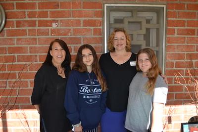 DSC_ Adriane Rothstein, Ruby Heifetz, Allegra Ignanni and Sasha Heifetz 0705