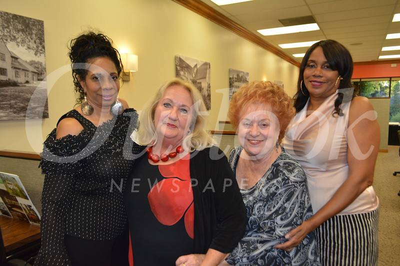 Robyn Autry, Leeann Grayson, Bonnie Simons and Cathy Hunter