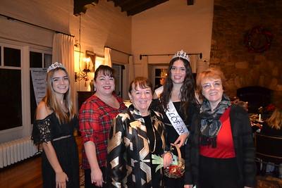 Audrey Raulli, Katherine Markgraf, Pat Anderson, Francesca Christensen and Marilyn Smith