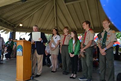 Mayor Len Pieroni reading the Memorial Day Proclamation 921