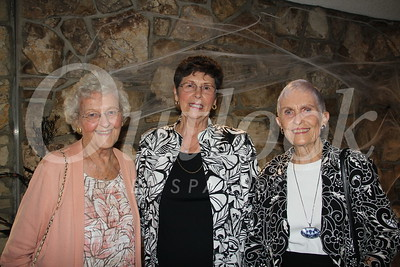 1524 Becci Neville, Norma Rowley and Joanne Berg