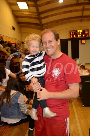 Alumni Jason Berns with his daughter Charlotte 329