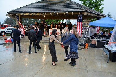 Dancing in the rain 834
