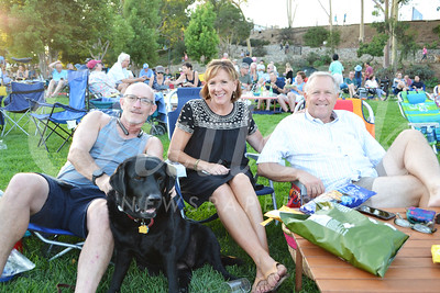 DSC_ Dan Sternau and Phinny with Kristen and David Michelson 0148