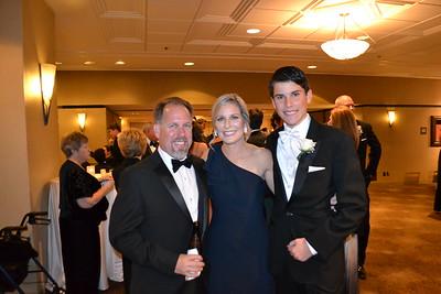 DSC_ Matt Tinker with Jennifer and Josh Jewell 0493