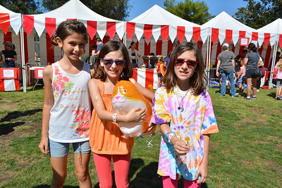Riley Pap, Justine and Joslin Abrahamian 070