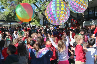 0602 A favorite part of the spirit rally was the tossing of the beach balls