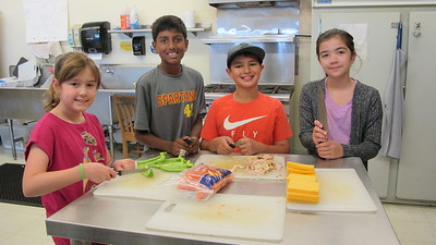 Young Chefs' Cooking Lessons at Full Boil