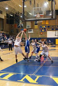 La Center Vs Ranier 2-20-10 034