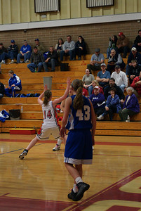Var Girls Vs CR 1-26-10 038