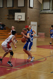 Var Girls Vs CR 1-26-10 031