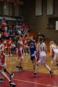 Var Girls Vs CR 1-26-10 025