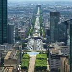 Vue du Haut de la Grande Arche -Arc de Triomphe