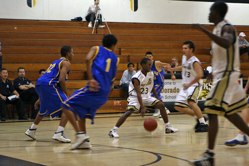 La Mirada vs Sunny Hills @ El Dorado High. December 14, 2005