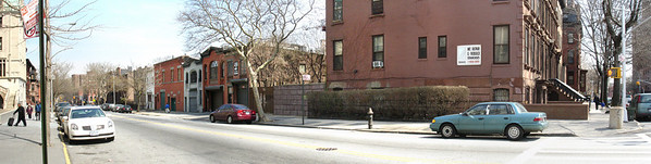 Vanderbilt Avenue -- north is to the left.  On the right is Lafayette Avenue.