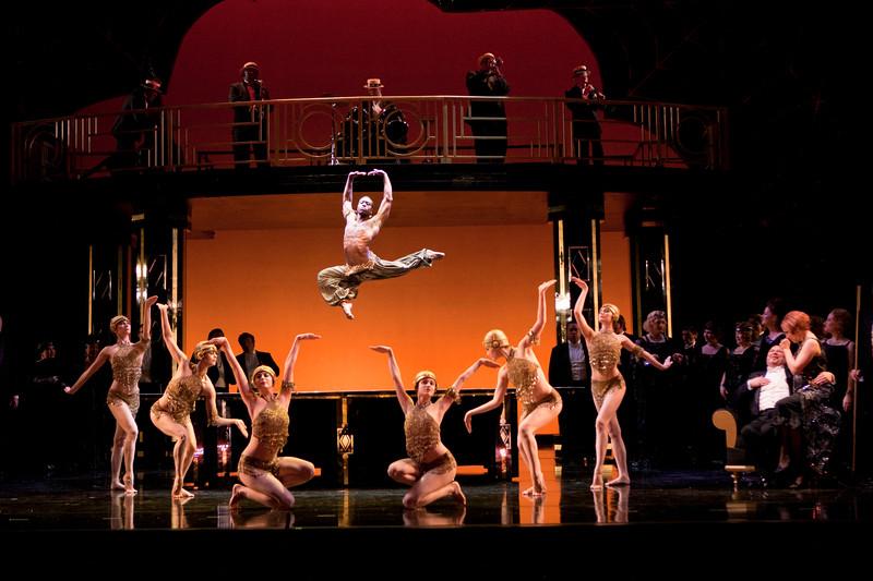 A scene from San Diego Opera's LA TRAVIATA. April, 2017. Photo by J. Katarzyna Woronowicz Johnson.