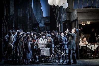 ENO La bohème David Newman and cast (c) Robert Workman (3)
