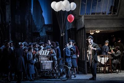 ENO La bohème David Newman and cast (c) Robert Workman