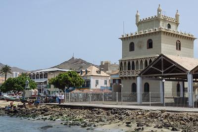 Museo do Mar desde el muelle del Mercado do Peixe. Mindelo, Sao Vicente (Cabo Verde)