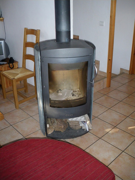 The chalet was so warm we only lit the fire about 10 times all season!