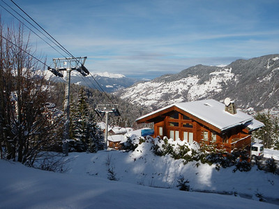 La Tania - The Chalet, the Skiing and Some Fabulous Days Out