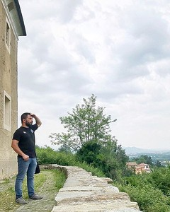 • Piemonte • Sometimes I like to stop and stand looking at the landscape in front of me, here in #Biella province this is one of the best experiences you should do! . . . Ogni tanto mi piace fermarmi a osservare il panorama di fronte a me, di certo nel #b