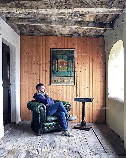 • Castagnea, Portula • Non sono un patito d'arte ma quando dalle opere traspare l'amore per il territorio e la riscoperta di un'antica eredità di famiglia non posso non sentirmi affascinato dal forte legame che unisce tutto ciò. A Palazzo Bozzalla è in co