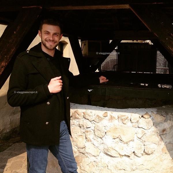 L'acqua era problema per il forte e i suoi abitanti così Dal 1623 al 1640 fu creato il pozzo del forte di #Rasnov . Un Opera molto importante è conosciuta . Dalla piazza della fortezza alta 97 metri dall ingresso al forte, scavarono per 142 metri prima di