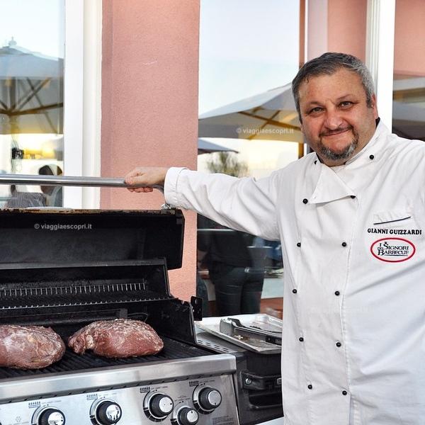 #lalunatralestelle stasera ho conosciuto il re della griglia! 😃 Barbecue canadesi e sentiste che carne... ho fatto il tris! 😉