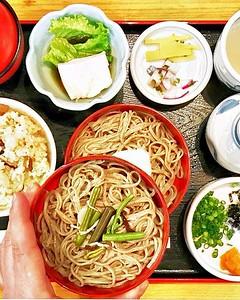 Giappone  Hai mai sentito la mancanza di qualcosa che hai trovato in un viaggio? A me spesso capita di avere nostalgia della cucina tipica locale e stasera vorrei tanto un piatto di soba, come quello assaggiato al ristorante Haneya ad #Izumo, praticament