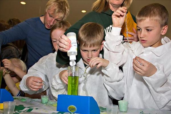 K12 Explore Laboratory Science project