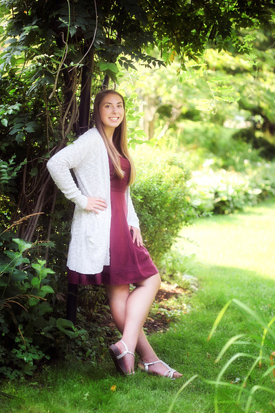 Lacey Senior 2016 024_edited-1