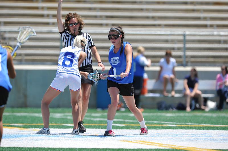 2011 Women's HOF game 060