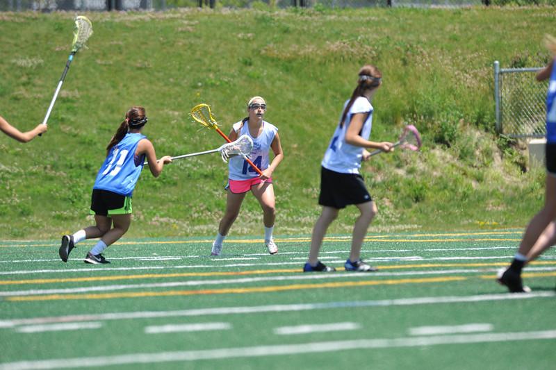 2011 Women's HOF game 030