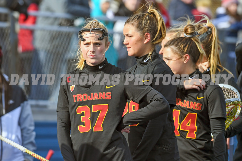 USC defeats Hofstra in week one as USC Emily Concialdi (5) notches 3 goals and Kerrigan Miller (19) puts up two defeating Hofstra 9-8.