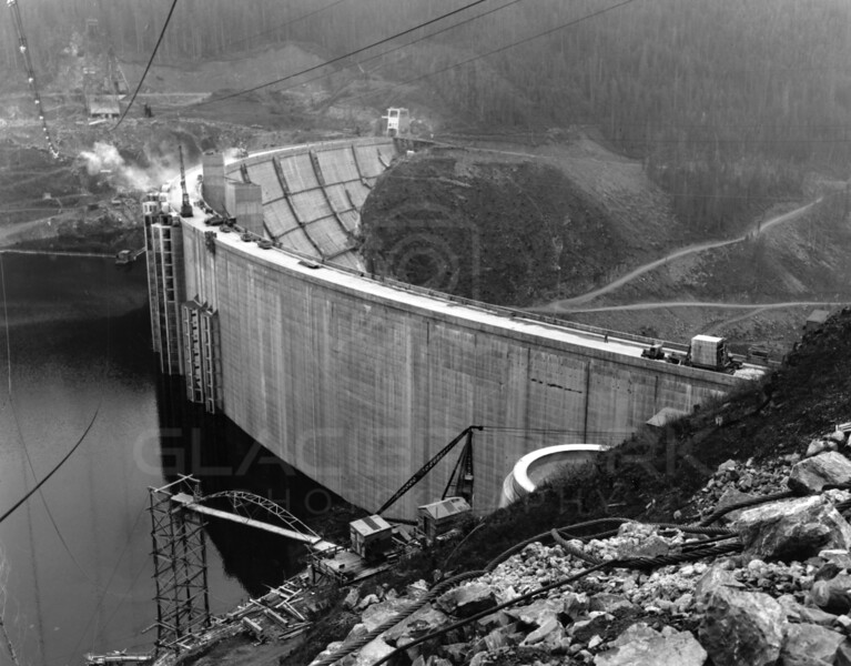 Building of Hungry Horse Dam