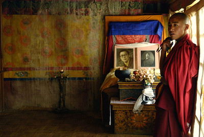 Photographs of the Dalai Lama and Panchen Lama at LIngshed monastery