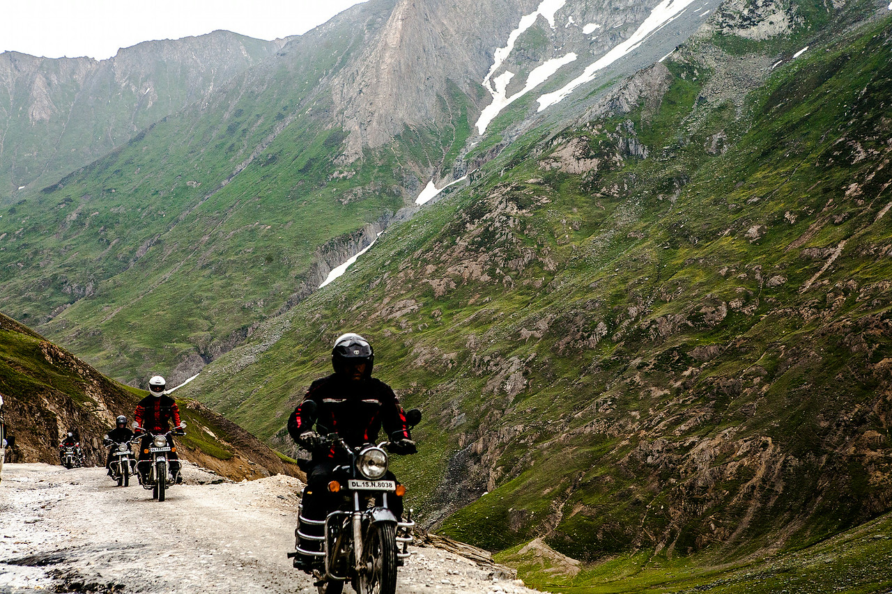 A relatively short mountain pass of 13 km that starts right after Baltal, the first and dangerous pass on the Srinagar Leh highway, NH-1 D, the shortest access to Ladakh sees a lot of bikers when it opens up in the summer months.