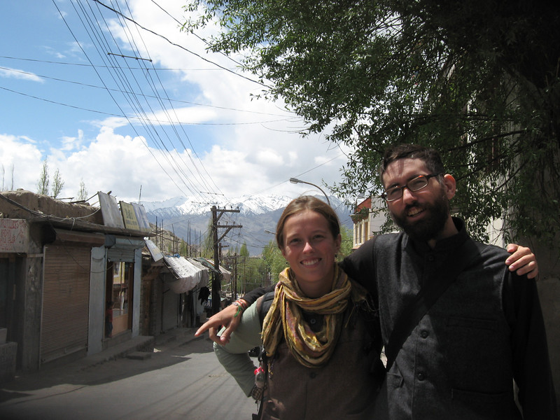 Emilie and Yann in downtown Leh. (photo by Jochen Knauf)