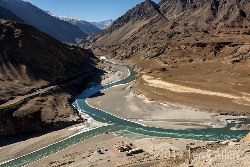 Confluence of Indus River and Zansakr River, Sangam Cafe, Srinagar-Leh Hwy, Ladakh