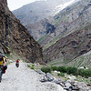 Jochen and Yann riding on the bumpy road to Parkachik