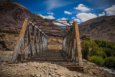 We saw many unfinished bridges on our way to Tso Moriri, a high altitude mountain lake in Ladakh. What we also saw, were purple mountains. Yeah, that's right, purple! Read about our visit to Tso Moriri at Mystical magical Tso Moriri lake in Ladakh.