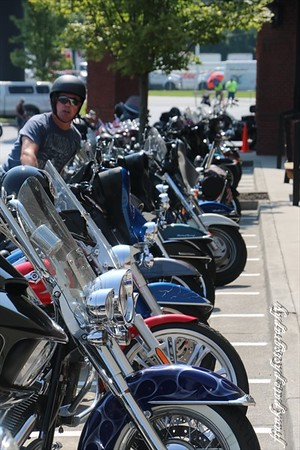 Ladies Who Rock And Ride.  Southern Devil HD Cartersville Ga.  07/19/15