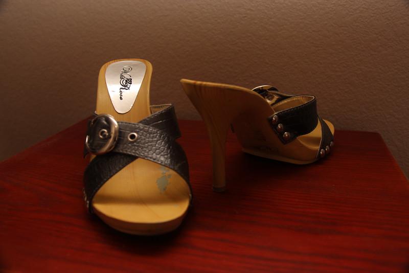 Wild Rose Wooden High Heel Sandals - Size 7