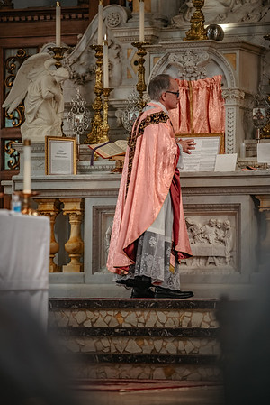 _NIK1524 Lent St  Peters Steubs LatinMass  Laetere