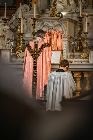 _NIK1527 Lent St  Peters Steubs LatinMass  Laetere