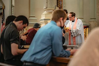 _NIK1571 Lent St  Peters Steubs LatinMass  Laetere