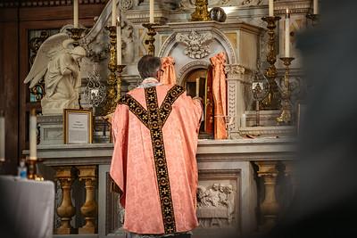 _NIK1541 Lent St  Peters Steubs LatinMass  Laetere